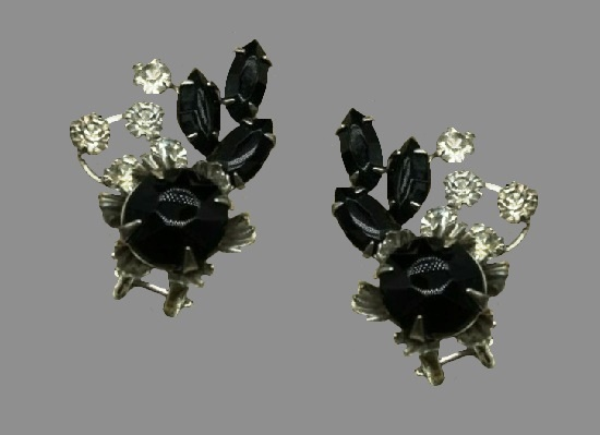 Art Nouveau Style clip on earrings. Black and clear rhinestones, silver tone. 1950s