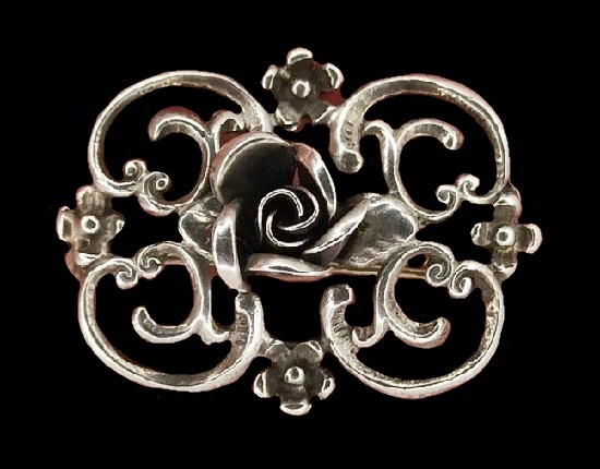 Art Nouveau brooch. 925 silver. Before 1950