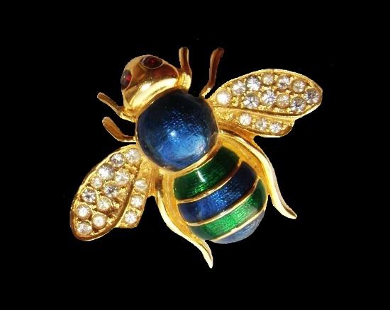 Bee brooch. Gold tone, rhinestones, enamel. 3.7 cm. 1980s