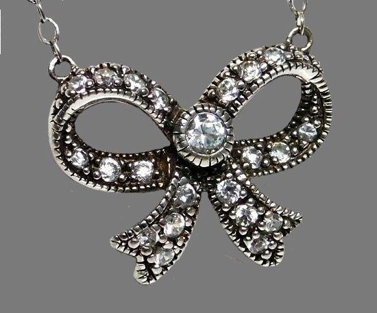 Bow pendant. Sterling silver, Cubic Zirconia