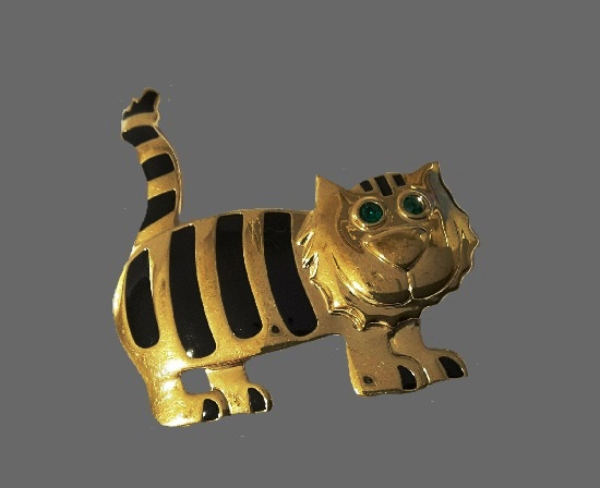Cat brooch. Gold tone, black enamel. 5.5 cm. 1980s