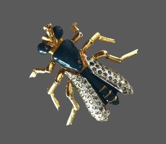 Cicada fly brooch. Gold tone metal, enamel, rhinestones. 1950s