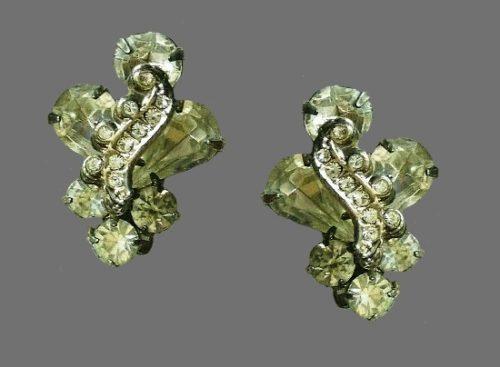 Clear rhinestone silver tone clip on earrings
