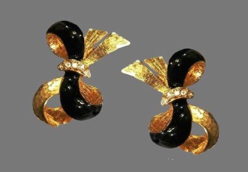 Clear rhinestones black enamel gold tone clip on earrings
