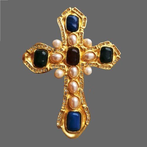 Cross brooch pendant. Gold tone, art glass, faux pearls. 9 cm. 1990s
