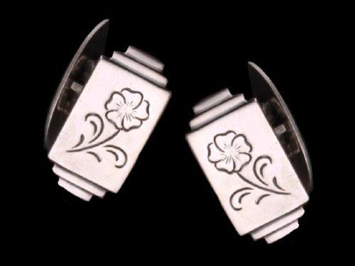 Cufflinks flower design, silver