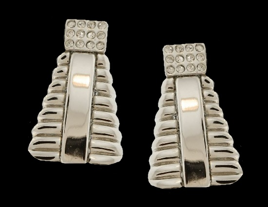 Designed by Ugo Correani fo Versace rhinestone silver ribbed earrings