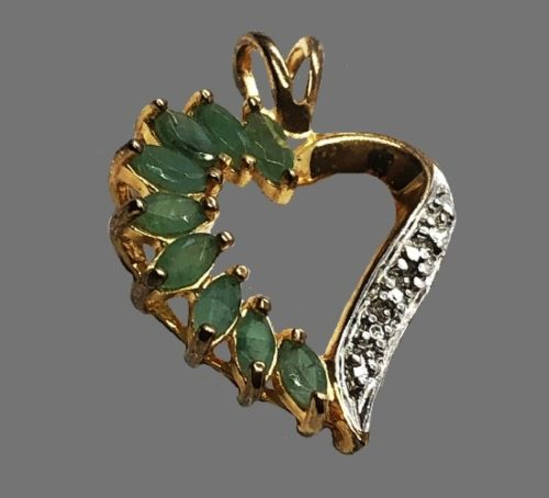 Emerald crystal heart pendant. 925 sterling silver
