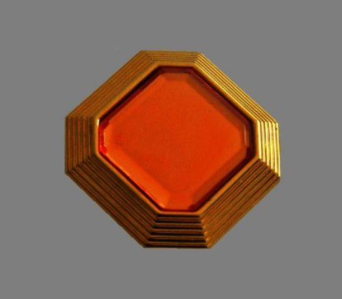 Gol tone pin. 4 cm