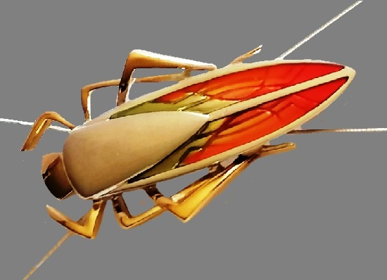 Grasshopper cockroach gold tone rhodium plated. 8.5 cm. 1990s