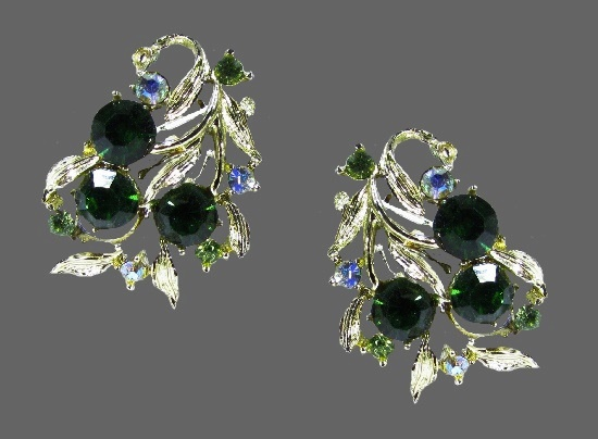 Green rhinestone silver tone clip on earrings