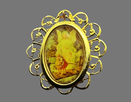 Guardian angel gold tone pin
