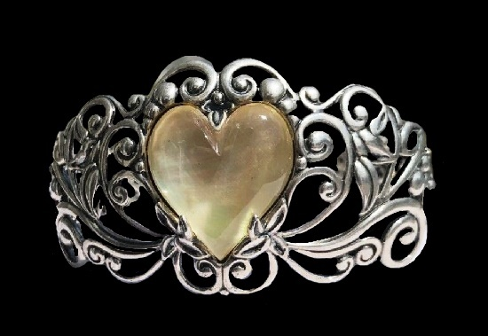 Heart floral design cuff bracelet. Mother of pearl, sterling silver