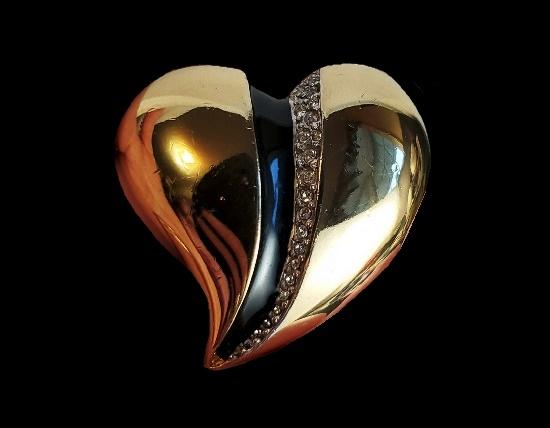 Heart vintage brooch. Gold tone alloy, crystal