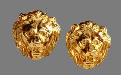 Lion head gold tone earrings