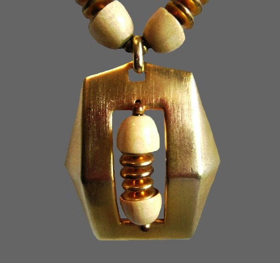 Modernist design gold tone pendant necklace