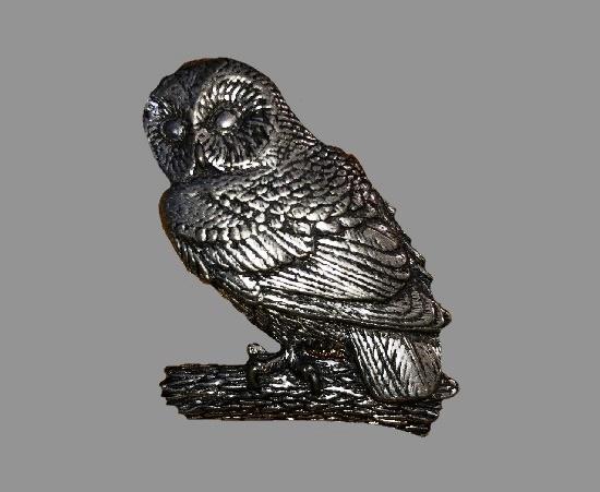 Owl pewter pin