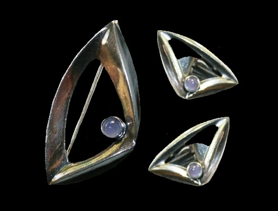 Pink stone sterling silver set of brooch and clips
