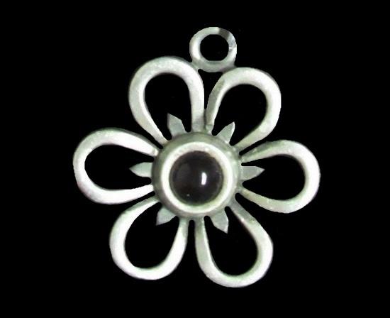 Purple glass cabochon pewter flower pendant