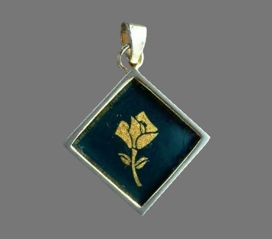 Rose symbol sterling silver pendant. 2 cm. 1990s