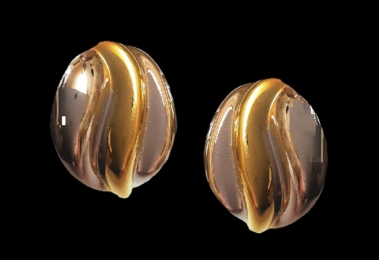 Silver and gold tone earrings. 3.5 cm. 1980s