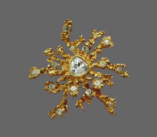 Snowflake star design brooch pendant. Gold tone, rhinestones, clear crystal