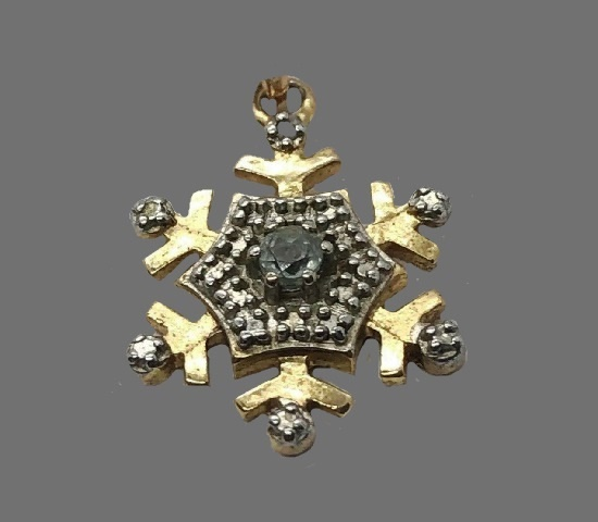 Snowflake vintage pendant. Gold tone metal, sterling silver, topaz