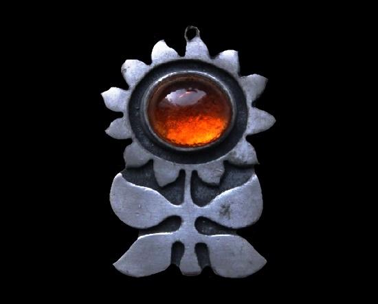 Sunflower pendant. Pewter, glass cabochon