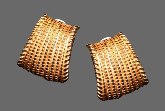 Textured gold tone clip on earrings