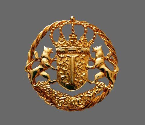 Vintage heraldic pendant brooch. 6 cm, 1990s
