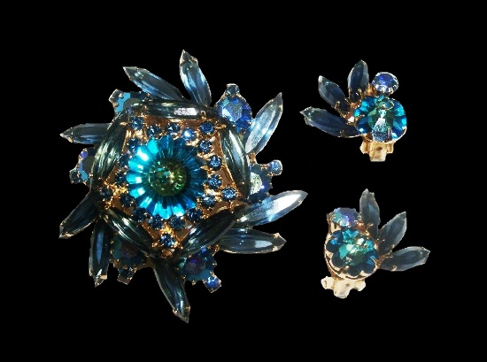 Vintage set of brooch and clip on earrings. Blue and green rhinestones, gold tone