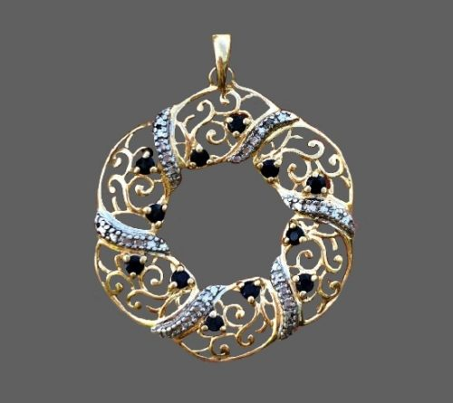 Wreath filigree pendant. Sterling silver, faux and clear crystals
