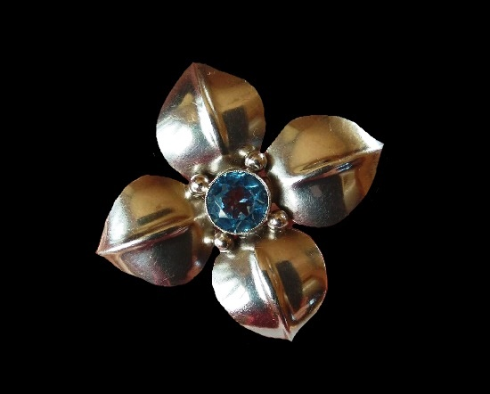 Silver flower brooch with faux topaz. 4 cm. 1970s