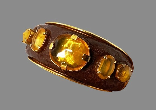 Amber gold tone bracelet and clip on earrings. Gold plated, resin, art glass, enamel