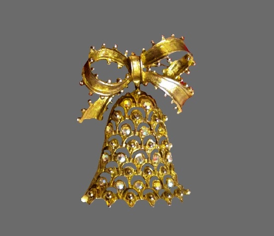 Bell with bow Christmas pin. Gold tone alloy, rhinestones