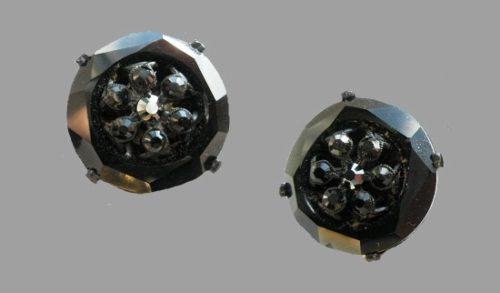 Black rhinestone art glass jewelry alloy vintage clip on earrings