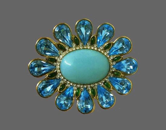Blue flower vintage brooch. Gold tone alloy, aquamarine tone crystals, glass cabochon, pave rhinestones. 5.5 cm. 1990s