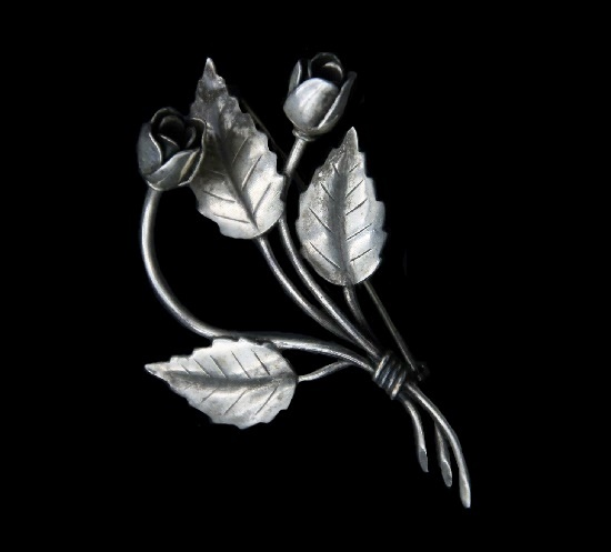 Bouquet of roses sterling silver brooch