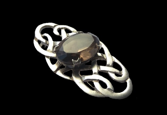 Brooch with Celtic patterns. 925 sterling silver, smoky quartz, rauchtopaz. 5 cm. 1990s