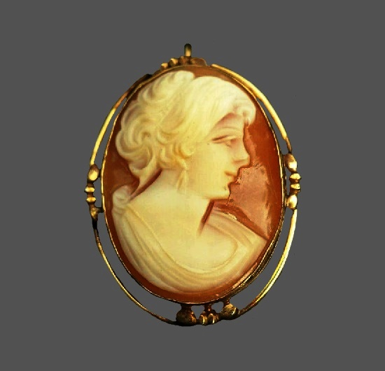 Cameo brooch. Carved shell, sterling silver, 12 K gold filled