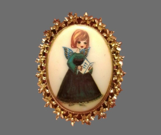 Cameo hand painted girl choir angel gold tone brooch