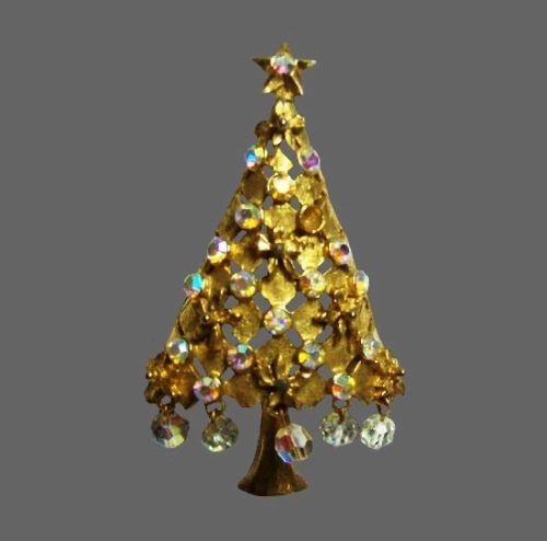 Christmas tree brooch. Gold tone, rhinestones, crystals