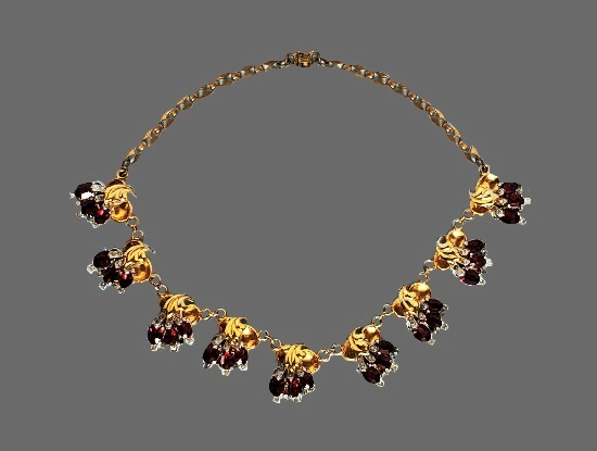 Clear and ruby red rhinestones gold tone necklace