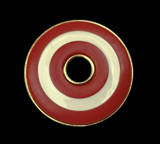 Cream and red lucite gold tone donut shaped brooch