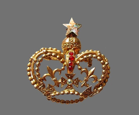 Crown crystal star brooch. Gold tone, rhinestones