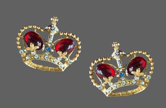 Crown vintage clip on earrings. Gold tone metal alloy, art glass, rhinestones