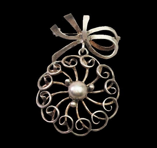 Filigree sterling silver dangling brooch