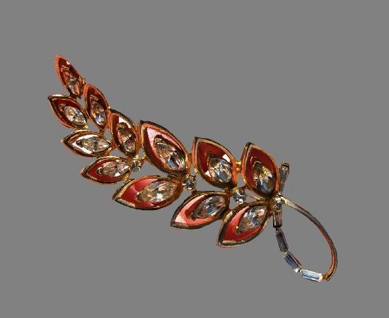 Floral stem rhinestone gold tone brooch