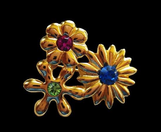 Garden flowers vintage duette brooch. Gold tone, rhinestones
