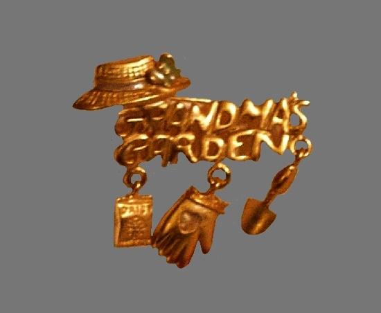 Grandma's Garden gold tone brooch